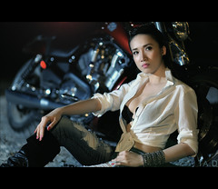 Harley Davidson bokeh [Explore #4, Frontpage] (TA.D) Tags: portrait art girl beautiful bike portraits nikon bokeh vietnam tad saigon hochiminhcity portrai strobist d700 harleydavidsonvrodmuscle2010