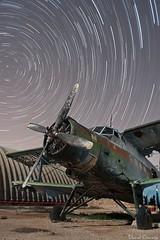Antonov An-2 (Popewan) Tags: nightshot nocturna 1635 startrail antonov largaexposicion circumpolar antonovan2 popewan