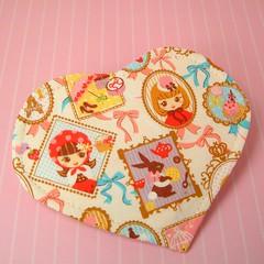 Pretty Kawaii Girl Heart Shaped Coin Purse