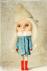 Baby New Year (Ragazza*) Tags: gnome wintergarden mohair blythe airbrush newyearbaby customdoll carvedlips petitewanderlings