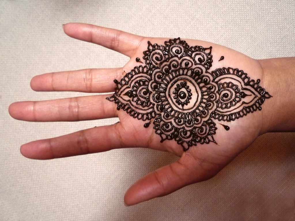 Mehndi Eye Tattoo : The world s best photos of henna and symbol flickr hive mind