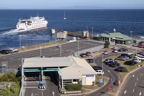 After turning around, MV Queenscliff departs Queenscliff