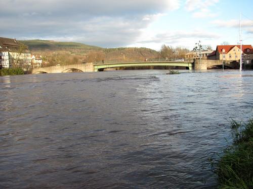 Hochwasser der Werra bei der Brücke von Witzenhausen (Pegelstand 4.20m)