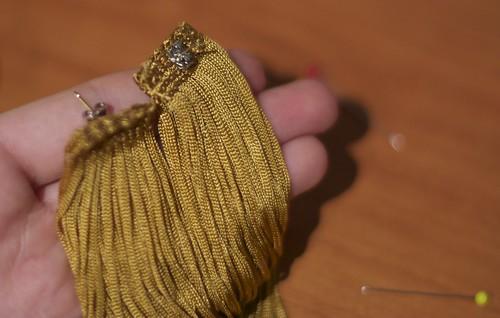 DIY ювелирных изделий Louis Vuitton SS 2011 бахромой серьги учебник