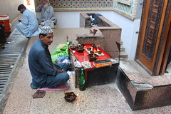 Unknown (Omair Anwer) Tags: lal shahbaz qalander mazar tomb sehwan sharif sufi sufism