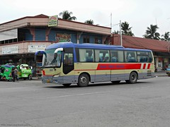 Davao Metro Shuttle 341 (Monkey D. Luffy 2) Tags: bus mindanao photography photo philbes philippine philippines enthusiasts society
