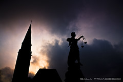 Goddess of Justice (100% made in Friuli) Tags: sky black colors clouds canon germany justice nuvole goddess cielo 5d colori nero germania dea francoforte 35lf14 giustiza