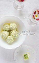 matcha white choc truffles-white choc coats