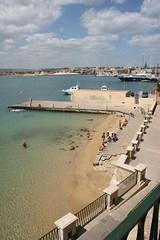 Small sandy beach (micromax) Tags: italy europa europe italia syracuse sicily sicilia siracusa ortygia sicilian canoneos400ddigital