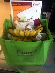 Look what arrived from @CraveatWork ! Lots of pears and baby bananas, what should I bake??
