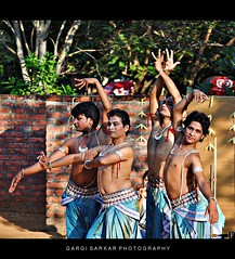 Krishnaya Tubhyam Namaha (Rimi's Magik!) Tags: travel india tourism nature birds lady dance nikon expression indian culture chennai incredible orissa tamilnadu odissi dakshinachitra d90 ndia naturechennai
