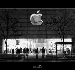 Mac @ Night (C. Dastodd) Tags: christmas winter blackandwhite bw chicago cold apple store illinois mac downtown boulevard january stevejobs chilly michiganavenue avenue gapersblock magnificentmile chicagotribune magmile chicagoist chicagoreader 2011 timeoutchicago