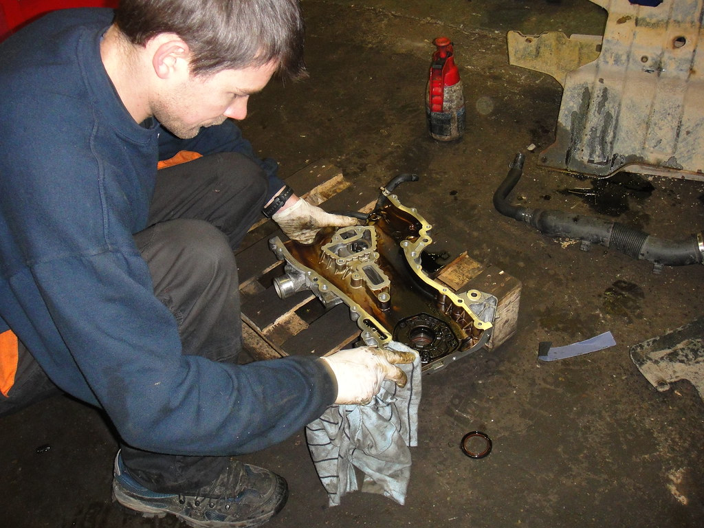 Vauxhall Corsa timing chain repair 3