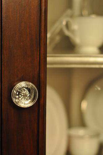 corner cabinet glass knob
