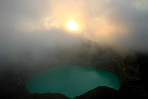 Kelimutu volcano - Moni