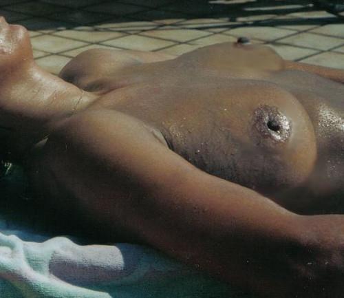 topless beach model voyeur web pics: nudebeach