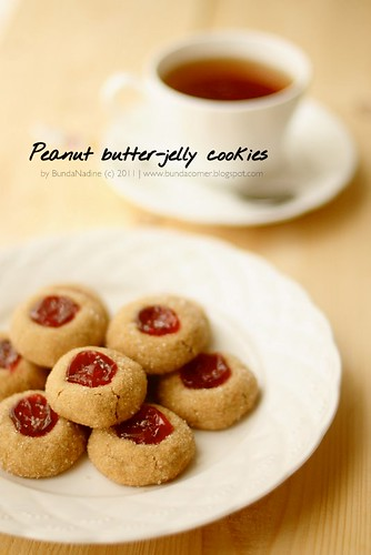 Peanut butter & jelly cookies