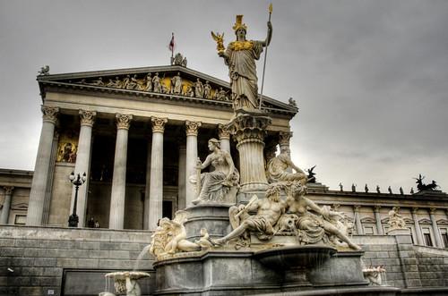 Parliament. Vienna. Parlamento. Viena