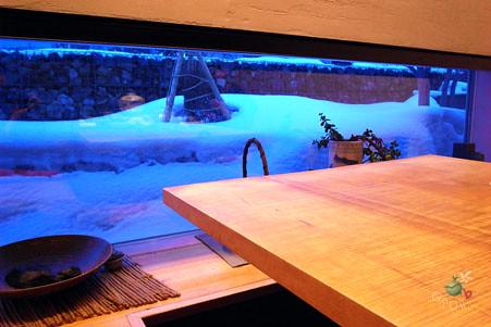 用餐包廂外雪景