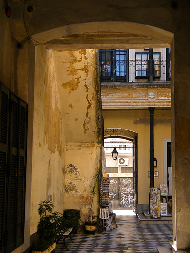 Pasaje de la Defensa, San Telmo, Buenos Aires by katiemetz, on Flickr