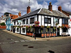 The Mill Inn, Southwold (saxonfenken) Tags: buildings suffolk pub baskets southwold gamewinner friendlychallenge 6948 yourock1stplace herowinner restaurantcafebar pregamewinner pubbarrestaurant 6948house