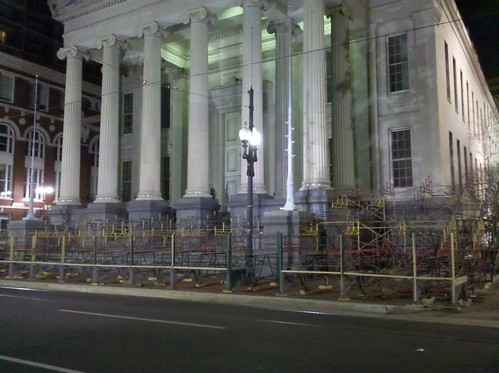 Grandstand construction at Gallier Hall