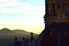 Iglesia de Coatepec (Mario Adalid) Tags: coatepec ixtapaluca estado mexico mejico iglesia parroquia cupula colonial