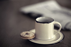 Coffee Break (P!XELTREE) Tags: coffee canon table 50mm newspaper cafe keks cookie break dof bokeh kaffee espresso caffe eos5d kaffeepause