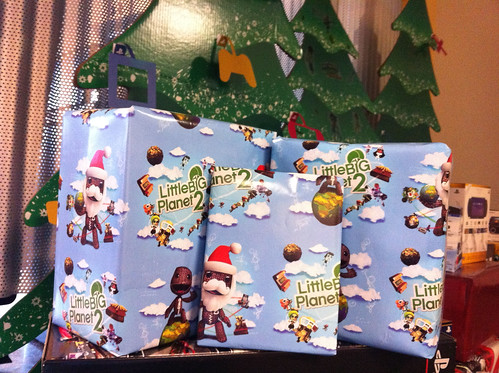 LBP2 wrapping paper