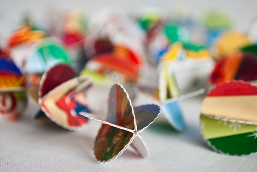 paper globe garland tutorial