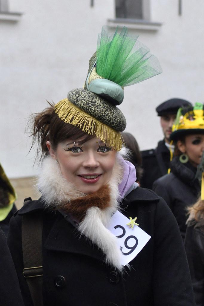 Catherinettes de Montmartre 2010 - Défilé (8719)