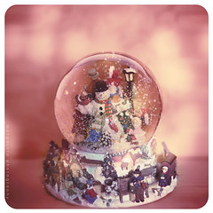 Winter Wonderland (ilovestrawberries (Carmi)) Tags: pink winter 50mm snowman snowglobe ilovestrawberries hppt mctgarcia