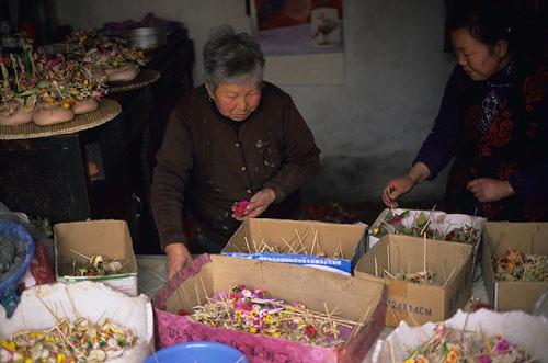 Peng Yingben: Dough Flower Cultural Heritage