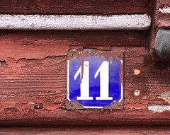 (:Linda:) Tags: winter snow architecture germany town rust peeling paint timber 11 thuringia number propertynumber halftimbered fachwerk timberframing hausnummer schleusingen timberconstruction