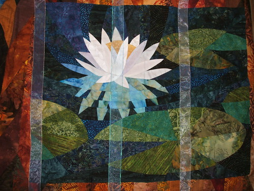 Waterlily quilt with organza ribbon overlay