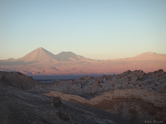 Valley of the Moon (Joey Dunne) Tags: chile sunset southamerica colours desert rem themoon valleyofthemoon beautifulsky valledeluna manonthemoon atacamadesert tripconmiamiga beautifulchile