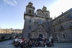 Grupal 1 (Monasterio de Oseira) (Salvador Moreira) Tags: people nikon gente crowd tokina galicia kdd f28 vigo 116 atx cea orense grupal d90 1116 oseira