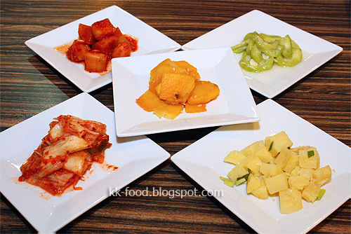 The 5 Banchan (Side Dishes)