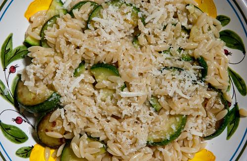 Risotto-Like Pasta with Zucchini