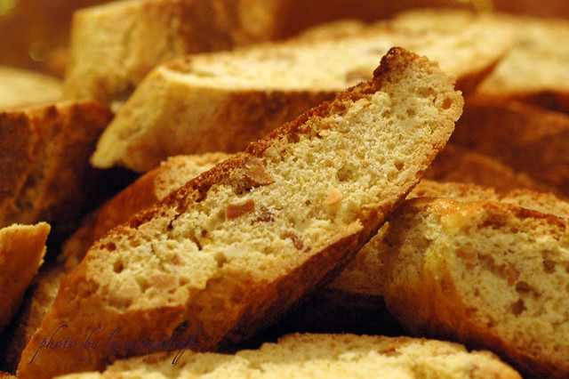 Mandlebrot ovvero i biscotti dell'ospitalità