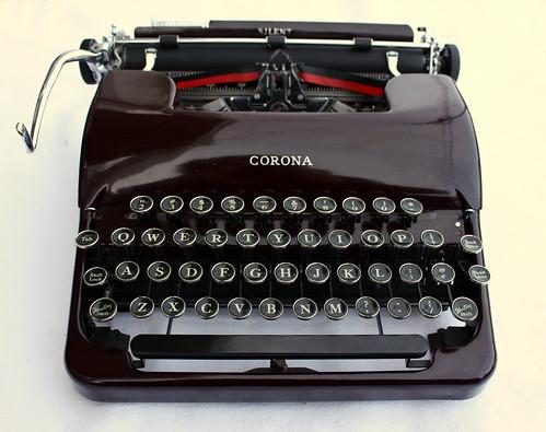 1939 Corona Silent