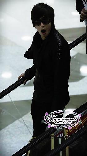 Kim Hyun Joong Yawning 4