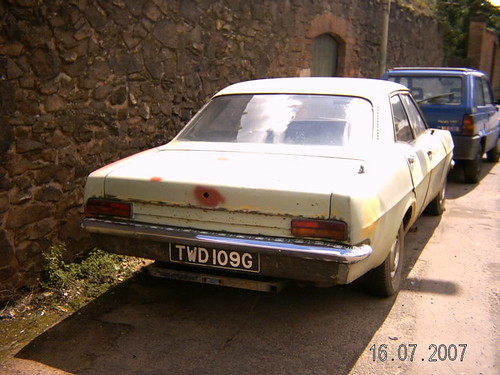 APRIL 1969 VAUXHALL VICTOR FD 1975cc TWD109G