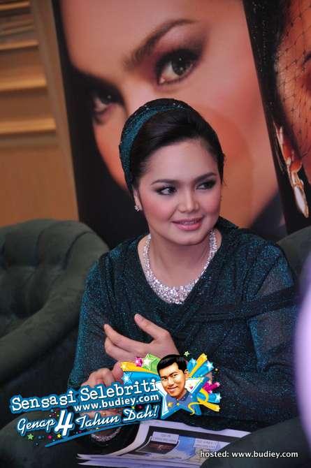 Siti Nurhaliza