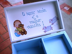 caixa de medicamentos - aberta (Lilian Andrade **) Tags: farmacinha caixaderemedios caixademedicamentos