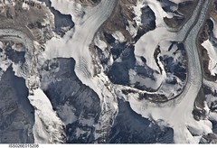 Mount Everest (NASA, International Space Station, 01/06/11) (NASA's Marshall Space Flight Center) Tags: tibet nasa himalayas mounteverest sagarmatha khumbutse stationscience crewearthobservation stationresearch eastrongbukglacier