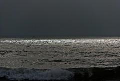 Mediterranee Farinette (Vias-Plage) et la mer en hiver (jeanmichelchuiche) Tags: sun mer france soleil vagues nuit rayons viasplage vias nuitamericaine farinette merdhiver mediterranee ecume herault