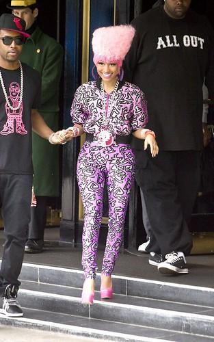 Nicki Minaj Leaving her hotel in London 11