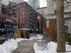 John Delury Plaza (Joel Raskin) Tags: nyc newyorkcity newyork cityscape parks financialdistrict seaport southbridge fidi urbansquares canong12
