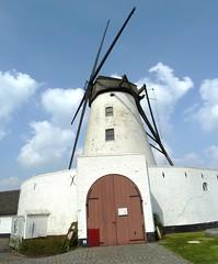 Courtrai.- moulin musée, d-hotel (Pierre Andre Leclercq) Tags: belgique paysages marke courtrai flandre rodenburg régionflamande vlaamsgewestbelgique